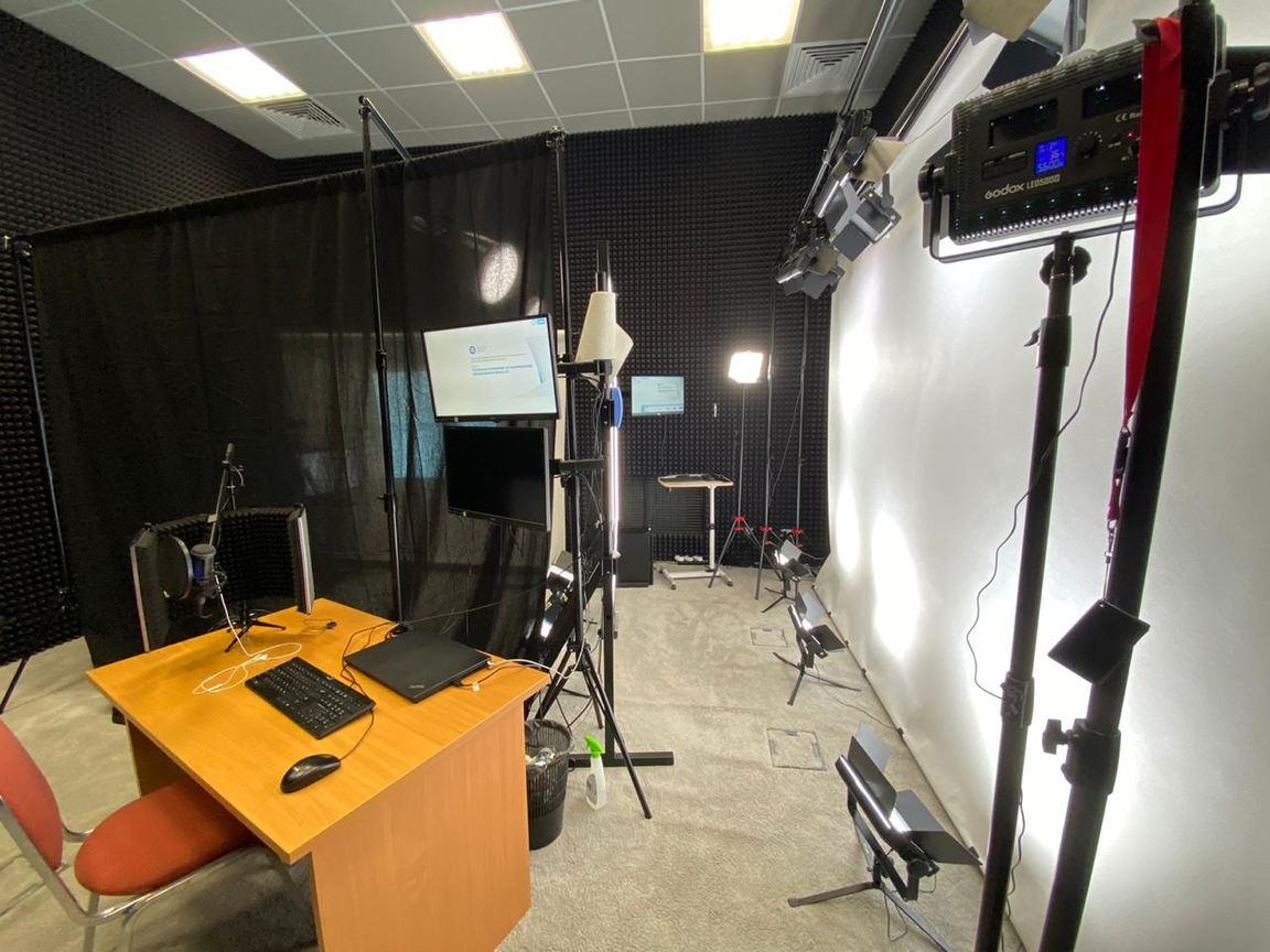 Студия для записи видео-курсов и вебинаров Jalinga Studio